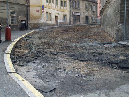Ulice mezi Komenského a Rejskovým náměstím.